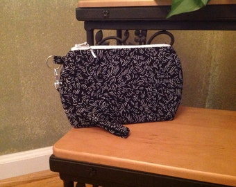 Black and White ~ Kendall Wristlet Free Shipping in the US