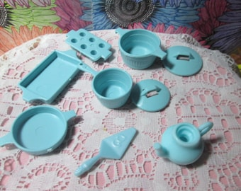 Vintage Barbie Dishes