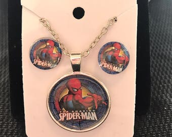 The amazing Spiderman superhero earring and necklace set