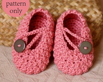 Crochet PATTERN  - Pretty in Pink Baby Booties
