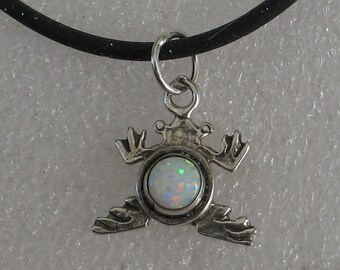 22mm Jewelry Rescue Sterling Silver  Opal Frog Ring Necklace