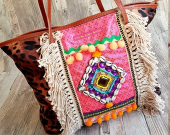 Colorful shopper bag with Pather print in Ibiza Style