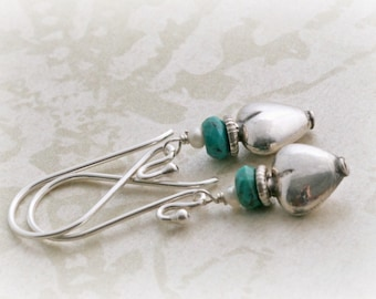 Faceted TURQUOISE Sterling Silver Heart and Freshwater Pearl Dangle Earrin2