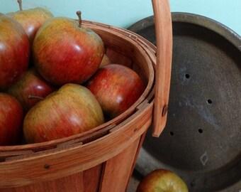 Vintage Signed Handcrafted Butternut and White Oak Apple Basket . Gathering Basket . Fall Harvest Basket with Handle . Signed