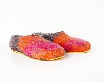 Felt slippers with rubber soles grey brown orange magenta - men's slippers - natural wool slippers - felt wool slippers