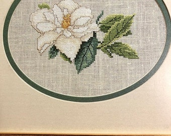 MAYniaSALE Leisure Arts, Southern Charm, Vintage 1987, Leaflet 534, counted cross stitch, pattern book