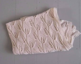 RTS Cream hand knit baby blanket leaf pattern/ hand knit unique baby shower gift/ photo prop