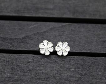 4 Sterling Silver Flower Beads,6mm/7mm silver flower spacer bead,flat beads,sterling silver bead, silver spacer bead