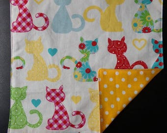 Kids towel pattern cats
