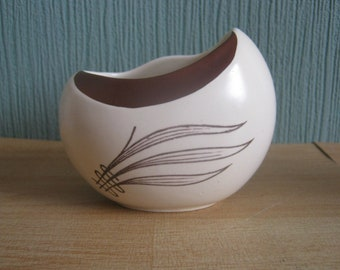 Vintage Carltonware Australian Design Pot/Sugar Pot