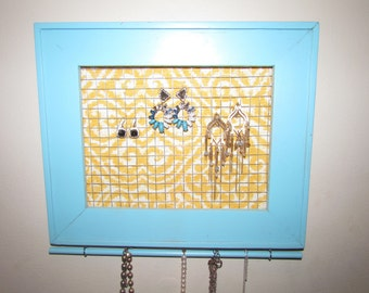 Vintage Picture Frame Jewelry Holder, Earring Holder, wall mounted