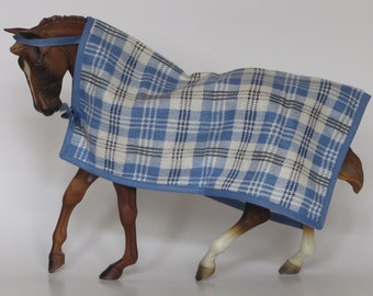 LSQ Cooler blanket for Breyer & Peter Stone traditional sized model horses