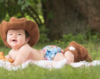 Handmade Cowboy or Cowgirl Baby Costume - Hat and Booties - Baby Photo Prop / Costume - Boy or Girl