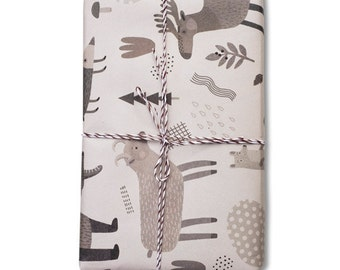 10 sheets wrapping paper 17x25''  //Forest habitats // Woodland animals // Winter giftwrap // Holidays wrapping paper