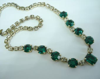 Green and Clear Sparkly Glass Necklace 1950s