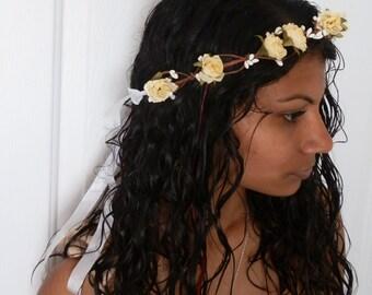 Yellow rose flower crown, yellow rose floral garland, spring hairpiece, boho yellow headband, rose crown, bridal tiara,  boho wedding crown