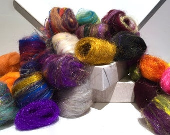 Needle Felting Fiber, roving, Wool Fun Pack, Wool Craft Kit, 2 oz, Deluxe grab bag, texture fibers, multi-color mini batts, mini roving