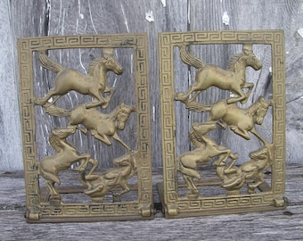 Vintage Brass Horses Bookends, Folding Brass Bookends With Horses, Vintage Equestrian Decor, Western Decor, Horse Lovers Decor