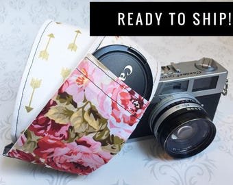 READY TO SHIP - Vintage Style Camera Strap, Padded, Lens Cap Pocket, Nikon, Canon, dslr Photography, Photographer Gift - Floral & Gold Arrow