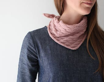 Knitting Pattern, Bandana style scarf, DIY bandana, scarf, kerchief, neckerchief