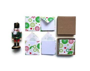 Christmas Snowflakes Mini Stationery Set - Blank Note Cards, White Cards, Small Square Envelopes, Green Red Dots, Merry Christmas, Tags
