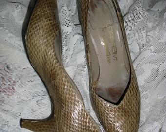 Genuine snakeskin beige Florheim women's shoes