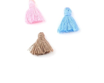 small tassel x 3 pastel colors