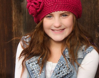 CROCHET HaT PATTERN:  'Raspberry Beret', with Crochet Flower