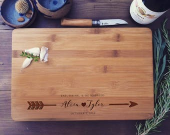 Custom Chopping Block, Personalized Cutting Board, Custom Cutting Board, Engraved Board, Couple Cutting Board, Wedding Gift, Newlyweds Gift