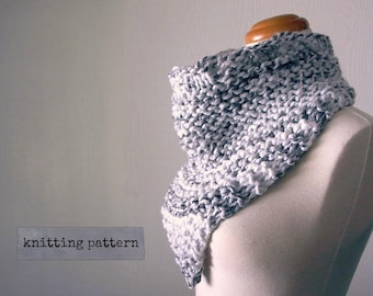 bandit. bandana cowl knitting pattern . chunky knit triangle cowl neck scarf pattern . knit kerchief cowl pattern . pdf instant download