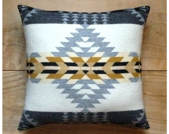 Southwestern Pillow • Southwest Decor • Tribal Pillow • Western Decor • Bohemian Pillow • Boho Decor • Tribal Arrows • Rancho Arroyo Gray