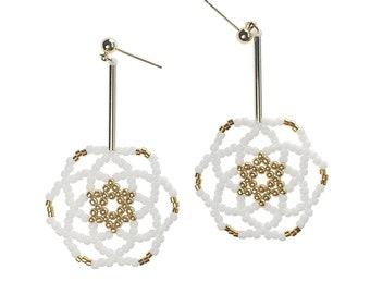 White - Daisy Flower Drop Earrings