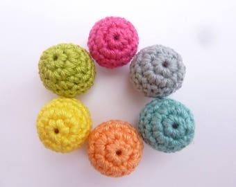 "Set of 6 beads ""Sweet Rainbow"" crocheted"