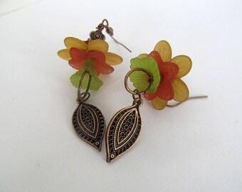 Yellow Flower Earrings, Copper Earrings, Floral Earrings, Lucite Flowers, Botanical Jewelry, Rustic Jewelry, Copper Leaf, Earthy