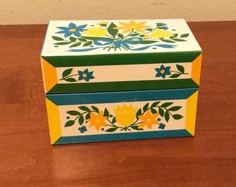 Vintage Metal Recipe Box - Floral Pattern