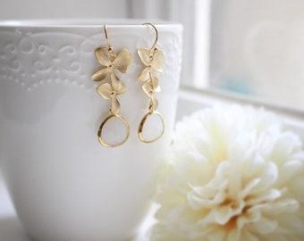 White stone earrings, Orchid flower earrings, Bridesmaid earrings, Bridesmaid gift, Wedding earrings, Mothers day gift, Gray stone