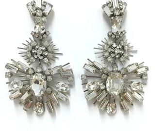 Star Burst Chandelier Pierced Earrings