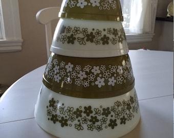 Set of Vintage Pyrex Spring Blossom Mixing Bowls