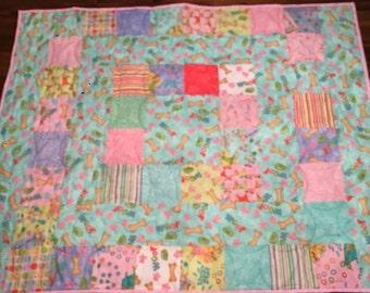 Baby Blanket, Baby Quilt, Girl, Baby bedding, Nursery, Wiener dog, Daschund, Pink, Aqua, Puppies,