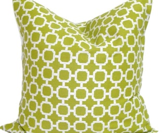 GREEN OUTDOOR PILLOW.20x20 inch.Green Pillow Cover.Decorative Pillow Cover.Housewares.Home Decor.Housewares.Indoor.Outdoor.Cushion Cover.Cm