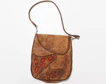 Vintage 70s TOOLED & Painted LEATHER PURSE / 1970s Bohemian Floral Soft Brown Leather Bag