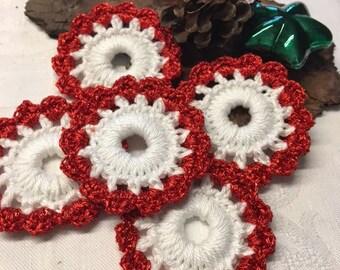 Beautiful crochet Christmas Wreath