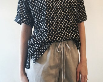 Vintage Over Sized T-Shirt// Black and White Doodle Shirt//
