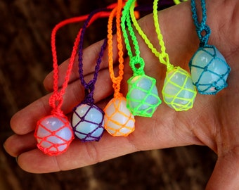Necklace in different colors-1 piece-Adjustable length-fluorescent-Opal
