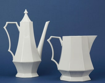 Independence ironstone pitcher and coffee pot vintage