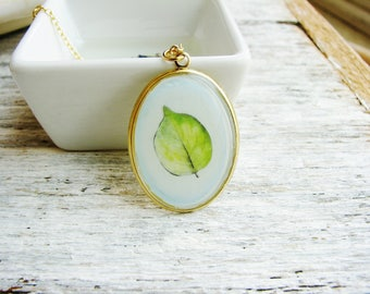 Art Necklace, Leaf Necklace, Resin Jewelry, Botanical Necklace, Resin Pendant Jewelry, Green Floral Necklace
