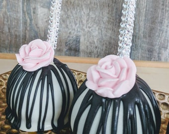 Gourmet caramel apples black and white with pink rose Kate Spade, sweet 16, McKenzie child's