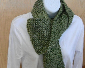 Knitted Scarf in Pesto Green