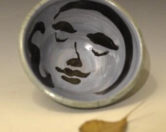 Große blaue und grüne Buddha Gesicht Servier Schüssel in Raku-Keramik