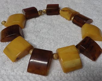Vintage Bakelite Disk Necklace Yellow and Brown Disks
